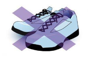紐で結ぶ靴