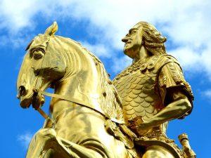 理想の王子の銅像